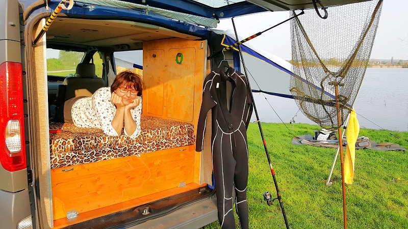Camper Ausbau Tauchen